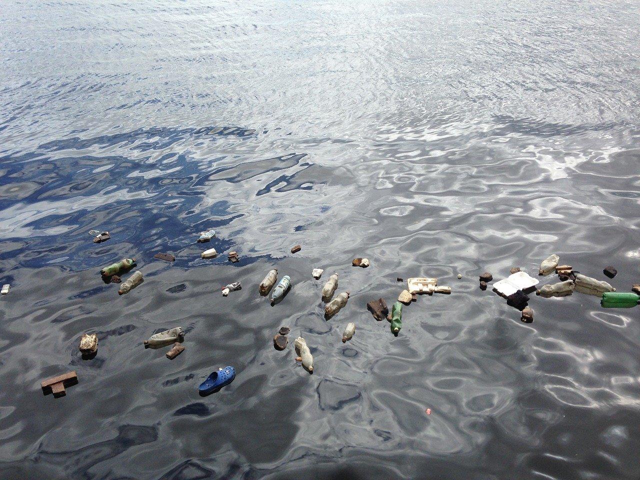 海,プラスチック